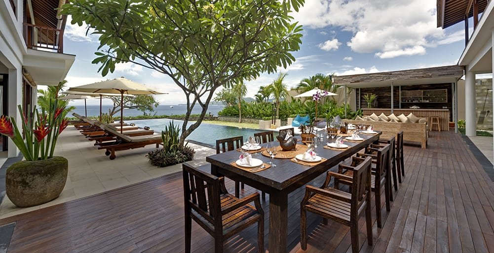 Asada-Outdoor-dining-area.jpg