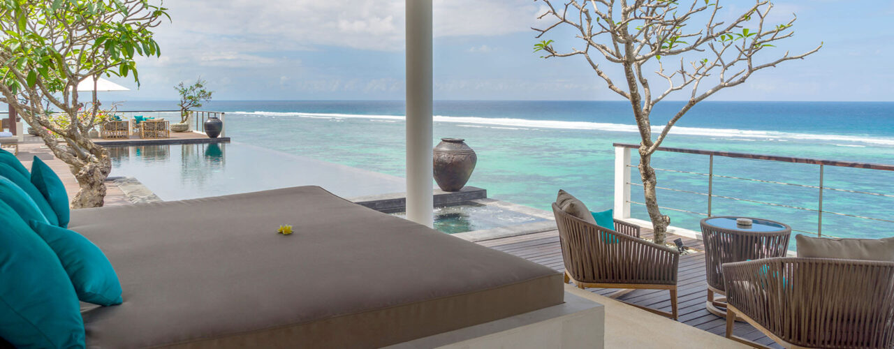 Grand-Cliff-Nusa-Dua-Bale-for-relax-and-massage-1280x500.jpg